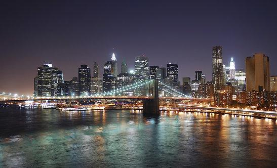 Бруклинский мост и Манхэттен с небоскребами над рекой Гудзон
