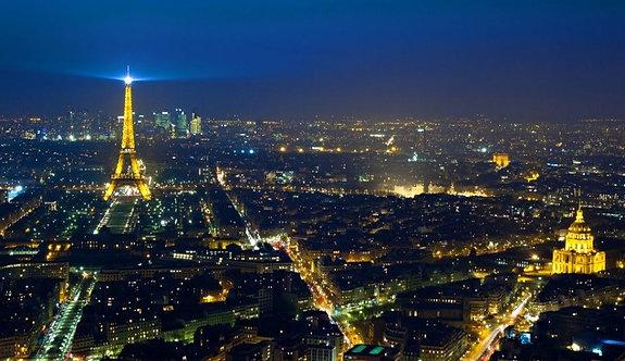 Ночной вид на Париж с Эйфелевой башней
