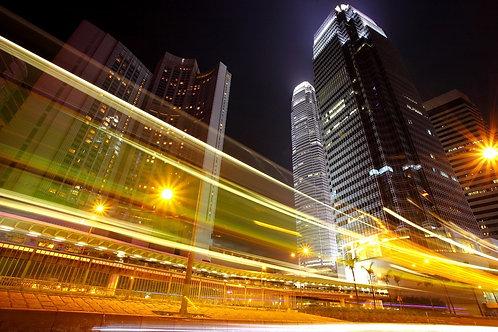 Движение в ночном городе