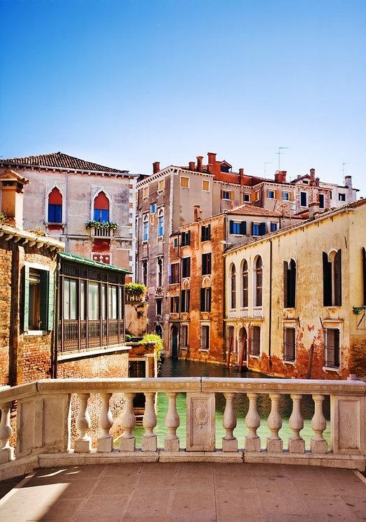 Венецианский маленький канал