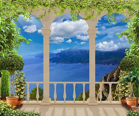 Красивая классическая терраса с видом на Средиземное море