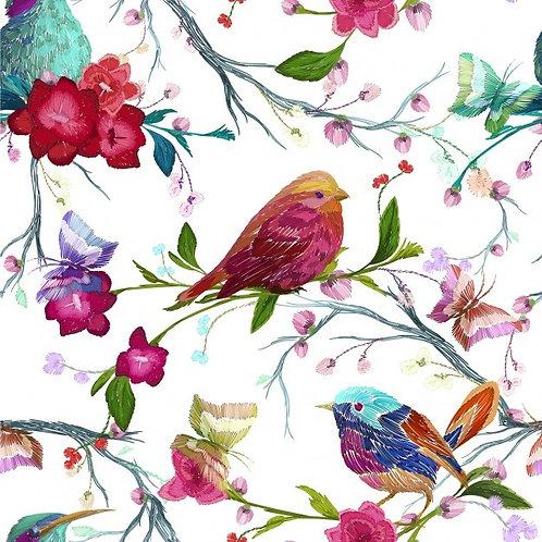 Винтажные птицы и бабочки на фоне листьев и цветов