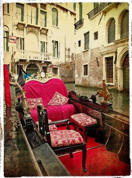Венецианская гондола в стиле ретро крупным планом