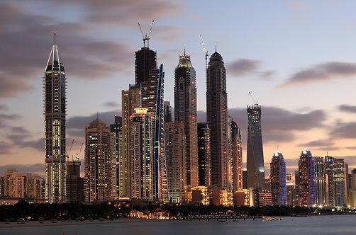 Дубайский морской пейзаж на закате