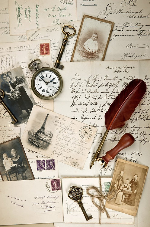 Винтажный фон из старых открыток и писем