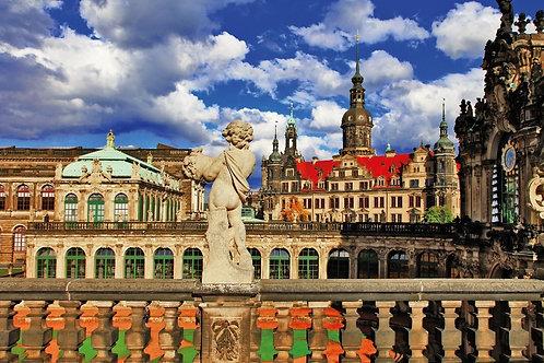 Вид на Дрезденский Цвингер в Германии