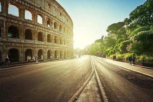 Дорога в Колизей на закате - Италия