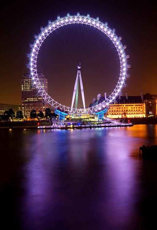 Великолепный Лондонский глаз в ночное время