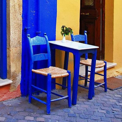 Греческая традиционная уличная таверна