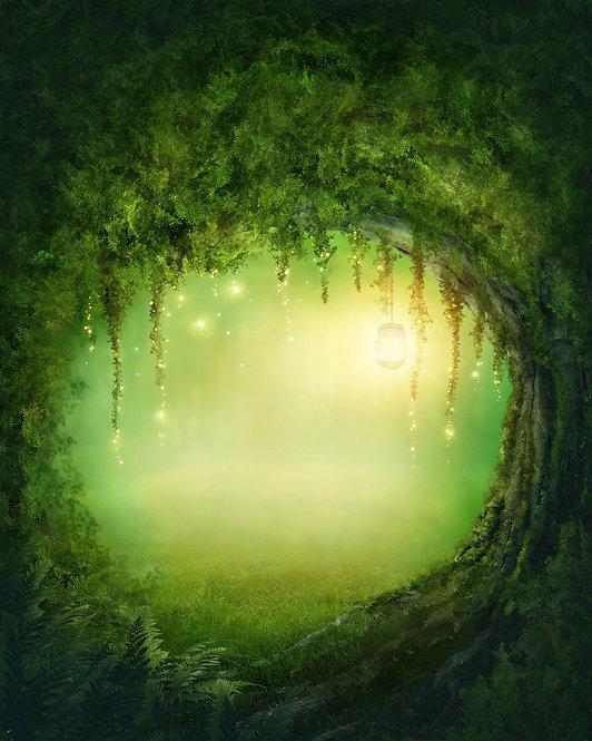 Заколдованный сказочный лес с фонариками