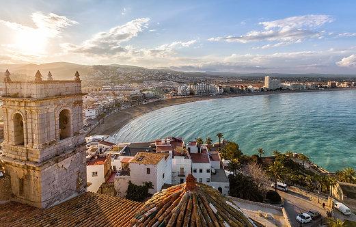 Вид с замка в Пеньисколе на Валенсию - Испания