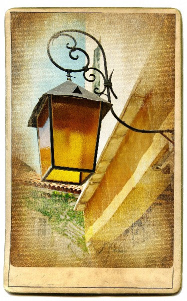 Старый венецианский уличный фонарь