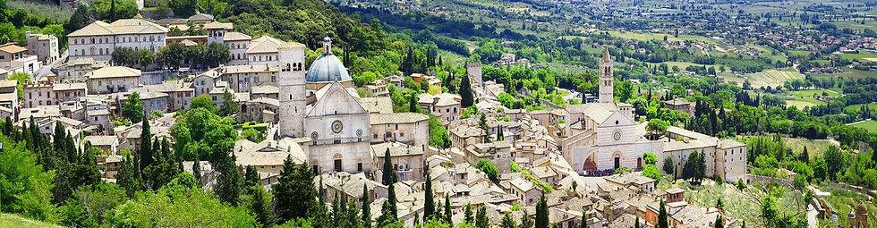 Панорама итальянского города Ассизи