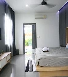 modern-bed-room-interior-luxury-villa-bi