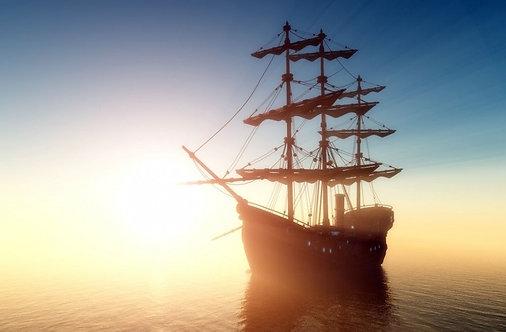Старый корабль с парусами в тумане