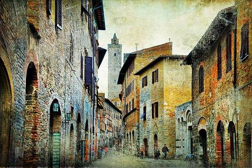 Средневековая тосканская улица Сан-Джиминьяно - Италия