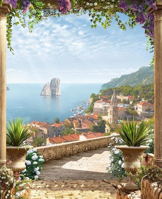 Вид на море через арку с цветами