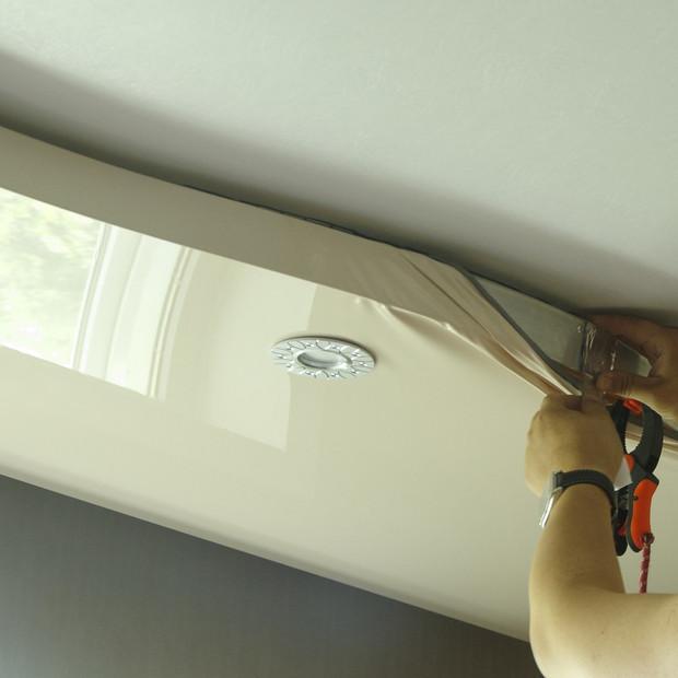 master-repairs-stretch-ceiling-installel