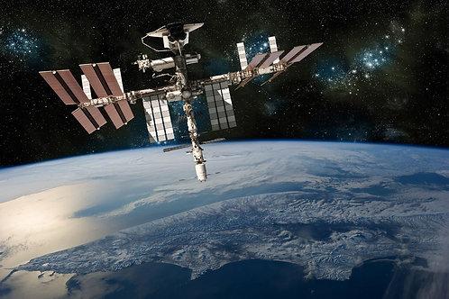Фотообои. Фрески. Картины. Космос. Вселенная. Космический корабль. МКС
