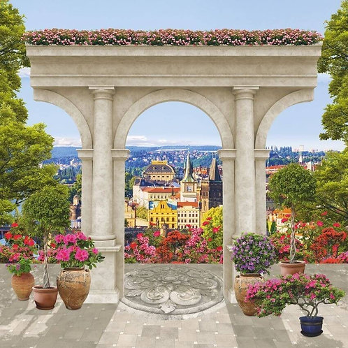 Фреска. Старый каменный балкон. Три арки. Цветы. Вид на город с высоты