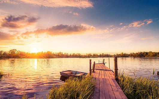 Фотообои. Фрески. Картины. Деревенский закат. Озеро. Лодка. Деревянный мостик