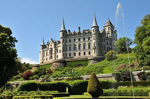 Замок Данробин в Шотландии