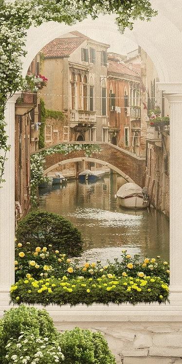 Фреска. Балкон с цветами. Канал. Старый город