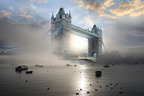 Тауэрский мост в тумане - Лондон