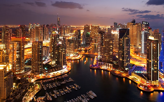 Морской пейзаж Дубая на закате