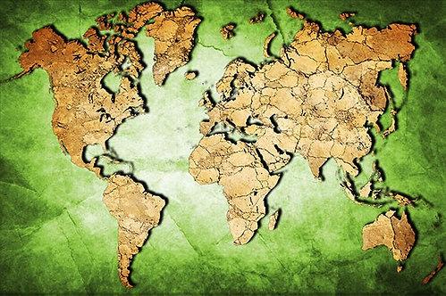 Карта мира с силуэтами материков на зеленой растрескавшейся штукатурке