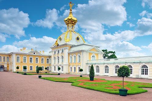 Восточная часовня Большого петергофского дворца