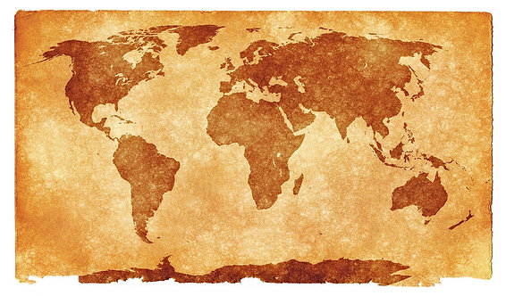 Карта мира с силуэтами континентов на состаренной бумаге