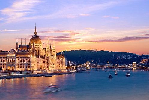 Живописный пейзаж с мостом через Дунай в Будапеште