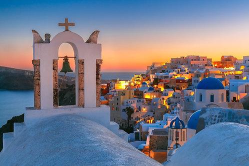 Арка с колоколом на закате - Санторини