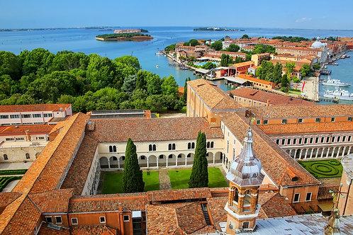 Вид на дворы монастыря Сан-Джорджо-Маджоре в Венеции