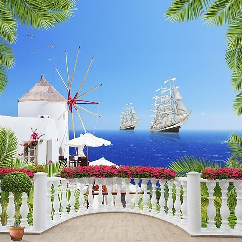 Старый балкон с цветами - вид на море и парусные корабли