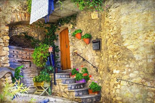 Старый дворик итальянского городка