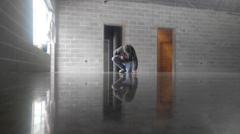 Fargo Flat Concrete Polishing Polished Concrete seeded HiPERFLOOR floor glass shine polished premium New Horizons Middle School Moorhead Minnesota