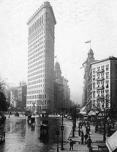 Flatiron_Building_NYC_c1903.jpg