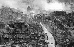 Ruined_Kiev_in_WWII.jpg