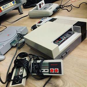 Nintendon pelikonsoleita Demostagella.