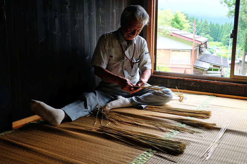 Straw Craft, Otari, Nagano.jpg