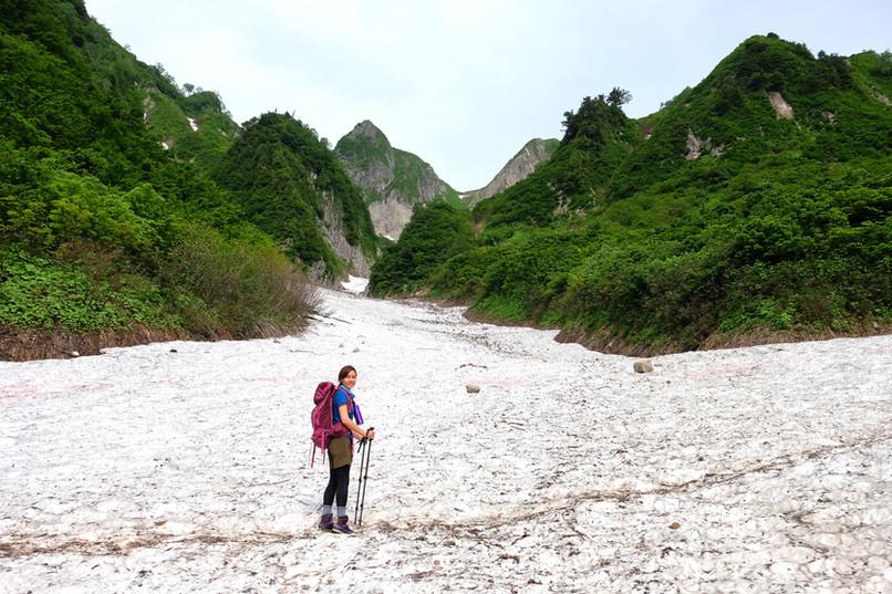 Hiking Amakazari in Spring, Otari, Nagano.jpg
