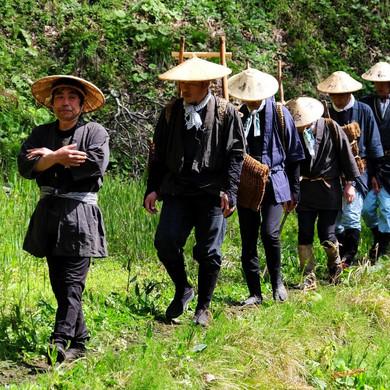 Men in Full Costume Hike Along the Salt Road, Salt Road Festival, Nagano