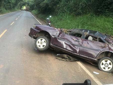 Mulher morre após capotamento na PR-082 entre Indianópolis e Rondon na tarde deste domingo