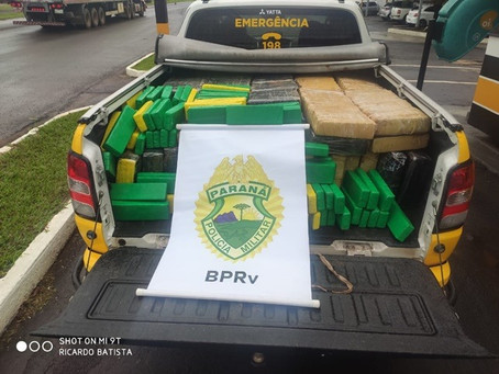Polícia Rodoviária de Cianorte apreende 530kg de maconha em veículo abandonado na PR-323