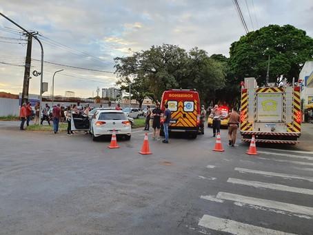 Acidente na Av. Amazonas deixa três pessoas feridas na tarde desta terça-feira em Cianorte