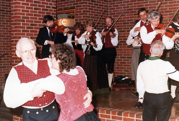 1985, Østerdølenes spellmannslag 10 år