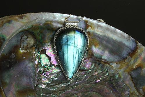 Labradorite Pendant Set in Sterling Silver