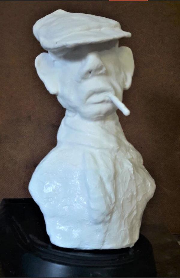 Busto do Alfredo_edited.jpg
